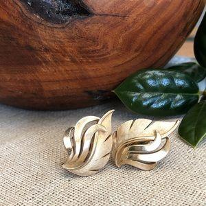 Crown Trifari Vintage Leaf Style Clip Earrings